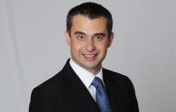 dr Krzysztof Gawkowski