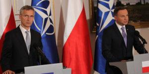 Jens Stoltenberg, sekretarz generalny NATO i Andrzej Duda, prezydent RP na wspólnej konferencji prasowej w Belwederze, 7 lipca 2016 r.