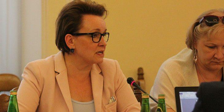 Anna Zalewska, Minister Edukacji Narodowej, na posiedzeniu Sejmowej Komisji Edukacji, Nauki i Młodzieży, w dniu 13 września 2016 r.