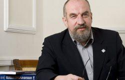 Prof. Modzelewski: proces naprawy systemu finansów publicznych to zadanie na lata