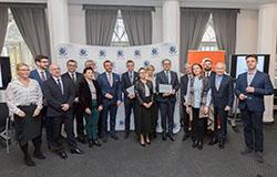 """Grupa Oknoplast przystąpiła do """"Standardu Programu Etycznego"""" opracowanego pod egidą ONZ"""