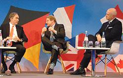 "Dyskusja ""Follow the Money"": Őmer Isvan (President, Servotel), Chris Day (Global Managing Director, Christie & Co) i George Nicholas (Global Head of Hotels, Savillas)"