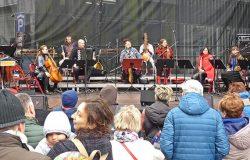 Muzyczna podróż z Moniuszką
